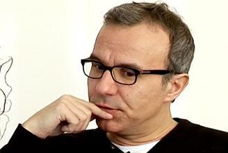 """Philippe Besson présente """"Une bonne raison de se tuer"""" autor d'un verre"""
