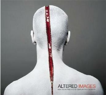 Couverture du livre « Altered Images New Visionaries In 21st Century Photography /Anglais » de Romanywg aux éditions Carpet Bombing