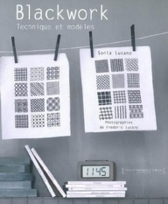 Couverture du livre « Blackwork... techniques et modèles » de Sonia Lucano aux éditions Marabout