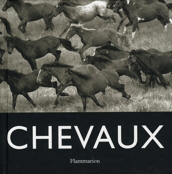 Couverture du livre « Chevaux » de Suares J.C aux éditions Flammarion