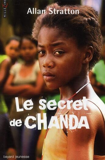Couverture du livre « Le secret de Chanda » de Allan Stratton aux éditions Bayard Jeunesse