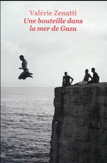 Couverture du livre « Une bouteille dans la mer de gaza » de Valerie Zenatti aux éditions Ecole Des Loisirs