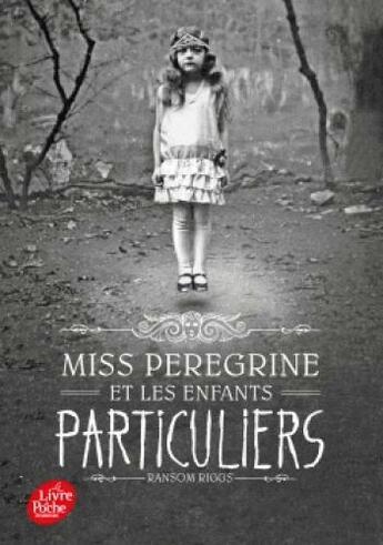 Couverture du livre « Miss Peregrine et les enfants particuliers tome 1 » de Ransom Riggs aux éditions Hachette Jeunesse