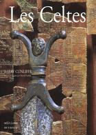 Couverture du livre « Les celtes » de Barry Cunliffe aux éditions Errance