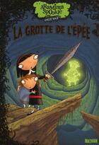 Couverture du livre « Araminta Spookie t.2 ; la grotte de l'épée » de Angie Sage aux éditions Nathan