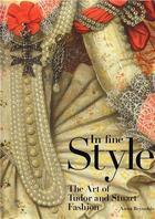 Couverture du livre « In fine style - the art of tudor and stuart fashion » de Reynolds Anna aux éditions Royal Collection