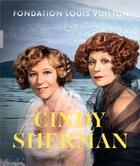 Couverture du livre « Cindy Sherman ; fondation Louis Vuitton » de Collectif aux éditions Hazan