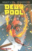 Couverture du livre « Deadpool T.4 ; funérailles d'un taré » de Collectif aux éditions Panini