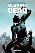 Couverture du livre « Walking dead T.5 ; monstrueux » de Charlie Adlard et Robert Kirkman aux éditions Delcourt