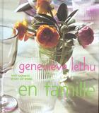 Couverture du livre « à table en famille » de Genevieve Lethu aux éditions Flammarion