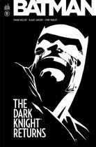 Couverture du livre « Batman ; dark knight returns » de Klaus Janson et Lynn Varley et Frank Miller aux éditions Urban Comics