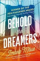 Couverture du livre « Behold the dreamers » de Imbolo Mbue aux éditions Fourth Estate